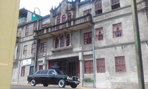 CLASSIC-MANSION-Calle-13-Avenida-7a-y-7a-bis-entre-Barrio-Amon-y-Barrio-Otoya-Carmen-San-Jose-Costa-Rica-LIMO-MERCEDES-300D-LANG28d73f9a56cda79b.jpg